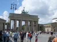 BERLIN und POTSDAM 50 FERIENWOHNUNGEN 030868704702 ZENTRAL GAESTEZIMMER ZENTRUM APARTMENTS