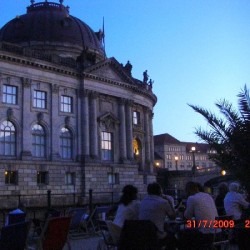 BERLIN 3 ZIMMER FERIENWOHNUNG ZENTRAL MITTE nah MUSEUMSINSEL BODEMUSEUM