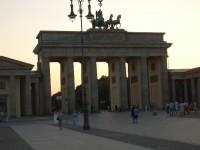 BERLIN FERIENWOHNUNG ZENTRAL BRANDENBURGER TOR POTSDAMER PLATZ ZENTRUM MITTE 3 ZIMMER
